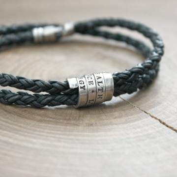 Men's personalized bracelet